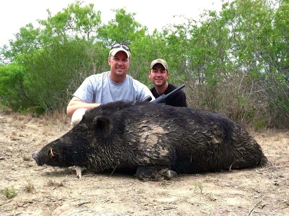 Eric's Hog - Hog Hunting in Texas